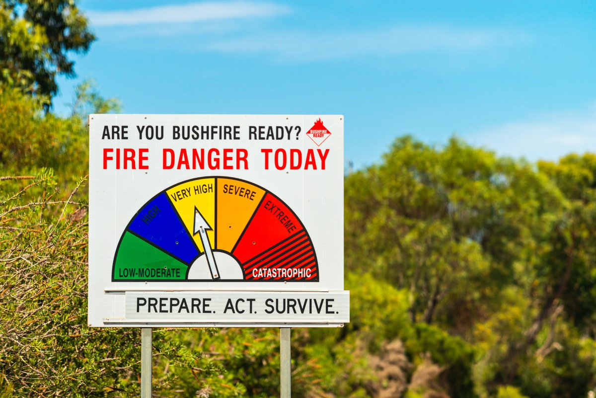 Australians urged to prepare a bushfire survival plan ahead of 2020-21 season